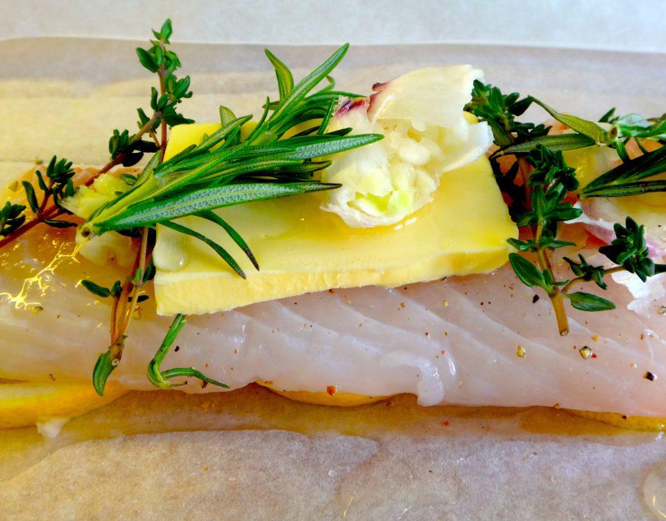 Fischfilet in Folie im Ofen gebacken